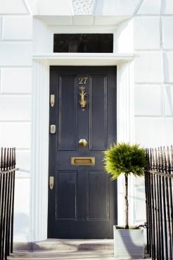 AMR - London Doors 09